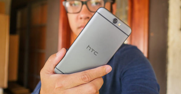 Bloquea contacto HTC